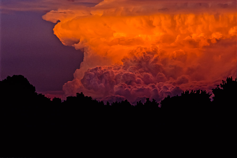 Gorgeous thunderstorm almost unseen